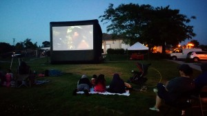 Dj Extreme Provides Movies in the Park, Outdoor Movie Theatres